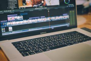 YouTuber…動画新時代の波に乗る